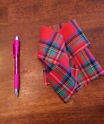 Sewing a Braveheart Kilt Part II: remaining fabric (A Weekend of Polite Society)