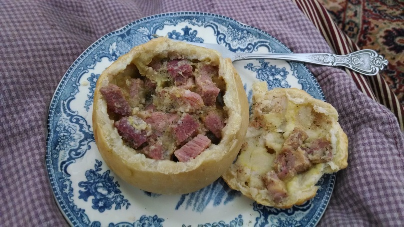 h Appomattox: Dinner of standing meat pies (https://thefarmingdaughter.com/2015/05/18/150th-appomattox/)