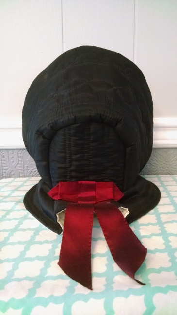 "The Farming Daughter: The ""Bess"" Bonnet ( https://thefarmingdaughter.com/2016/01/13/the-bess-bonnet/) 7"